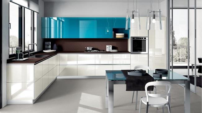 Кухня минимализм с глянцевой поверхностью