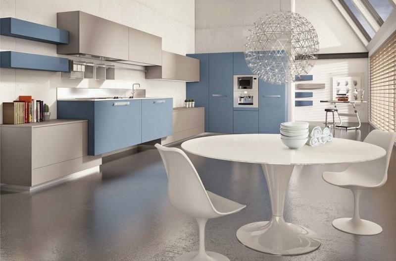 Светло-голубая кухня в современном стиле